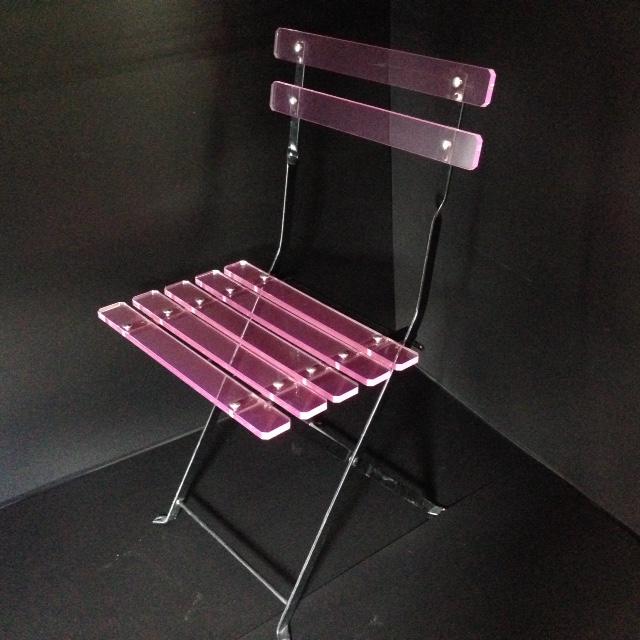 chaise de jardin pliable en plexi fluo rose marcorelles. Black Bedroom Furniture Sets. Home Design Ideas